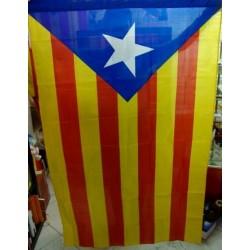Drapeau indépendantiste catalan avec l'Estelada bleue (étoile bleue)