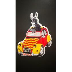 Magnet de l'âne catalan dans la 2CV