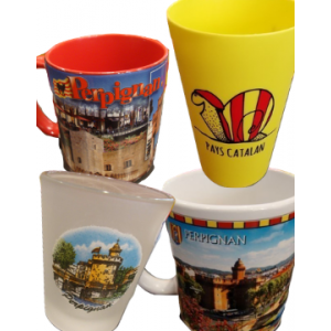 Mugs, tasses, verres à liqueur